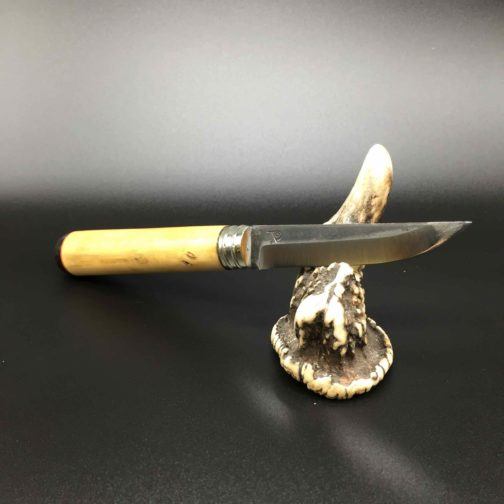 couteau style finlandais buis